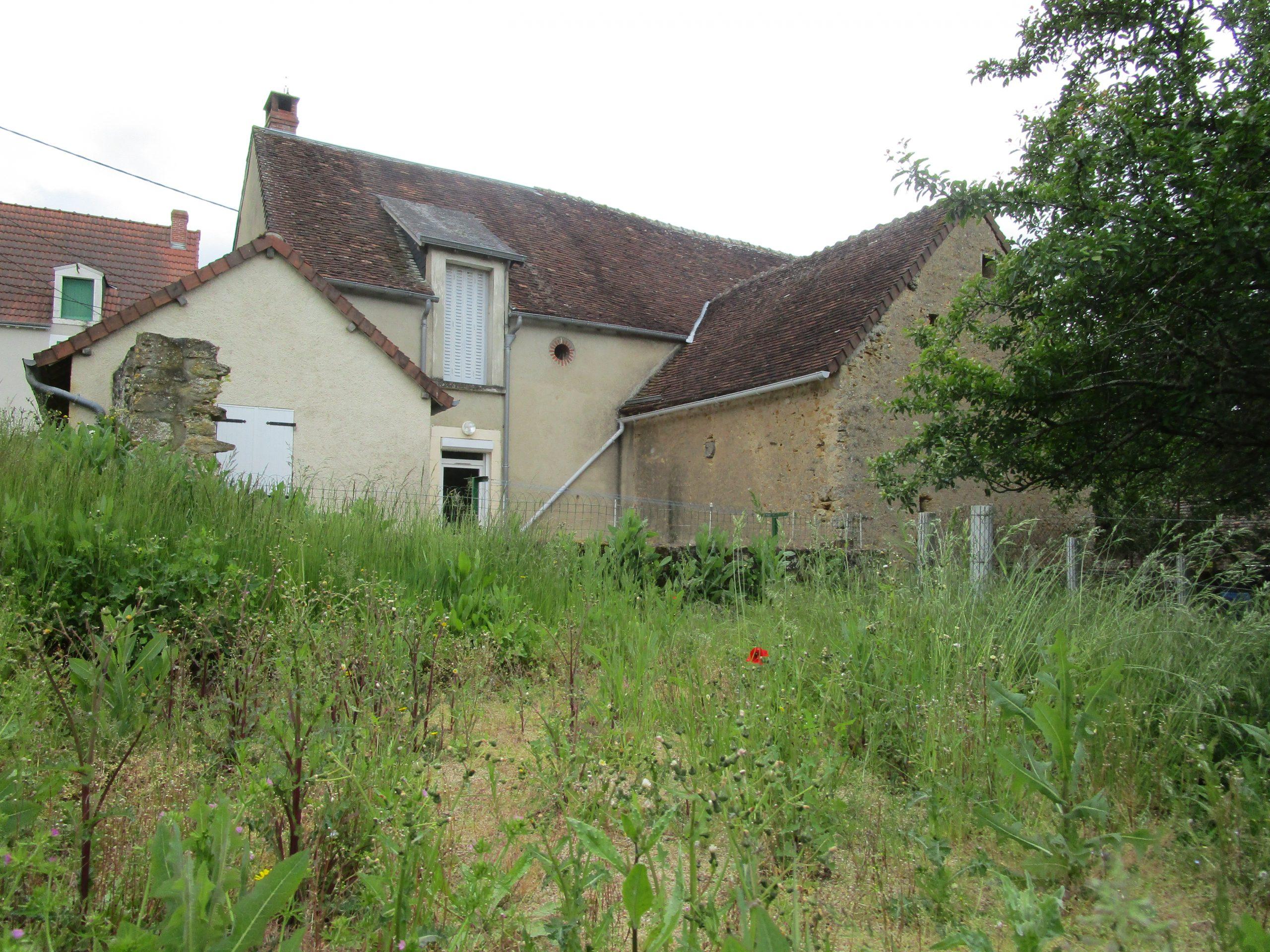 Maison au cœur d'un village tout proche d'Argenton !